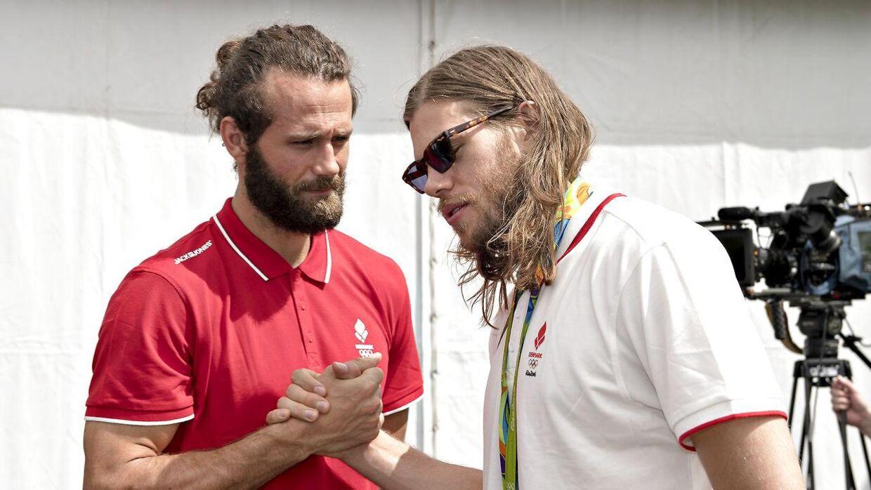 Nøddesbo og Mikkel Hansen efter OL-guldet i 2016, hvor det blev fejret behørigt.