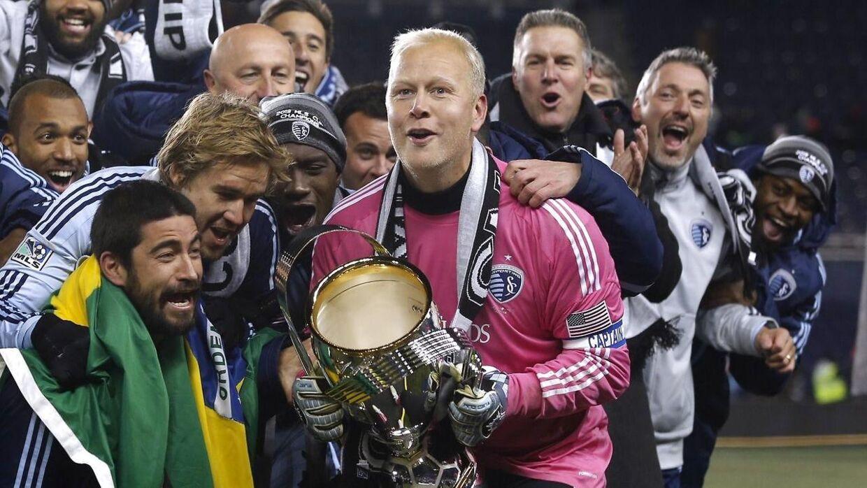 Det blev til både mesterskab og pokaltriumf i MLS for Nielsen.