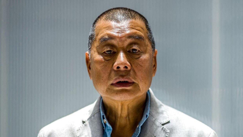 72-årige Jimmy Lai skal 12 måneder i fængsel.