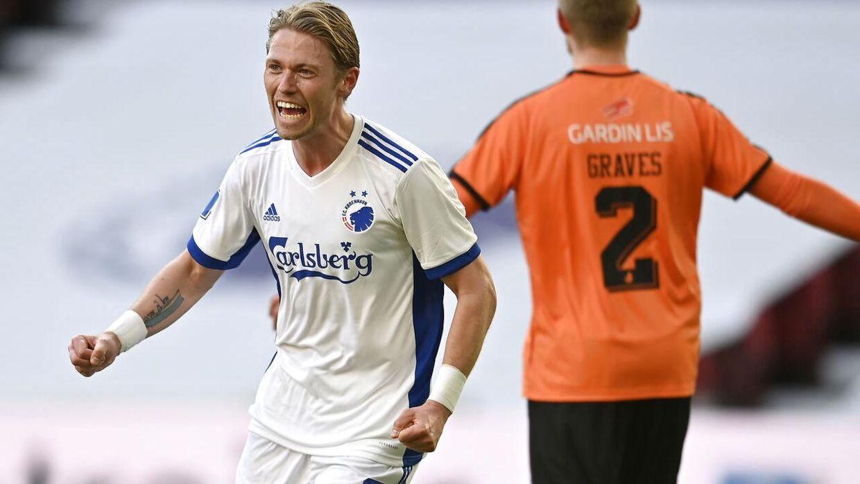 FCK-profilen Viktor Fischer har kæmpet sig tilbage fra en hård ankelskade, som han nu fortæller om.