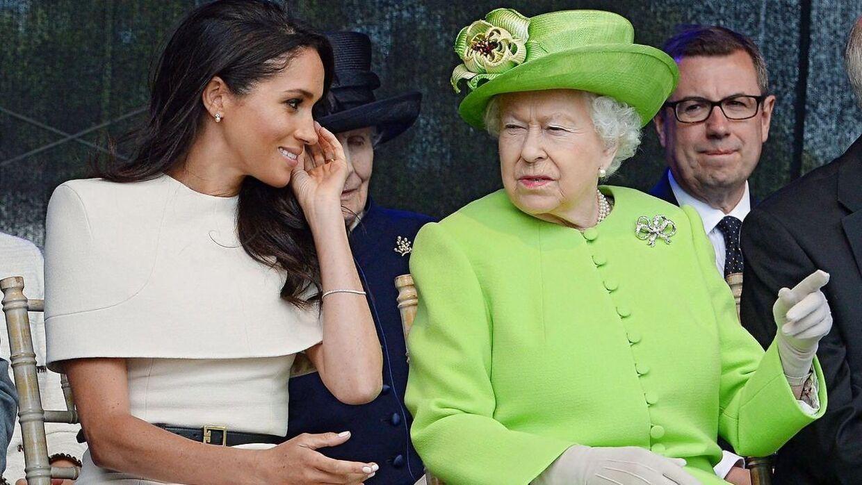 Arkivfoto af dronning Elizabeth II og hertuginde Meghan.