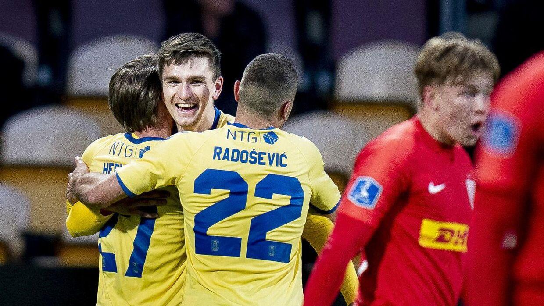 FC Nordsjælland og Brøndby mødtes i Farum.