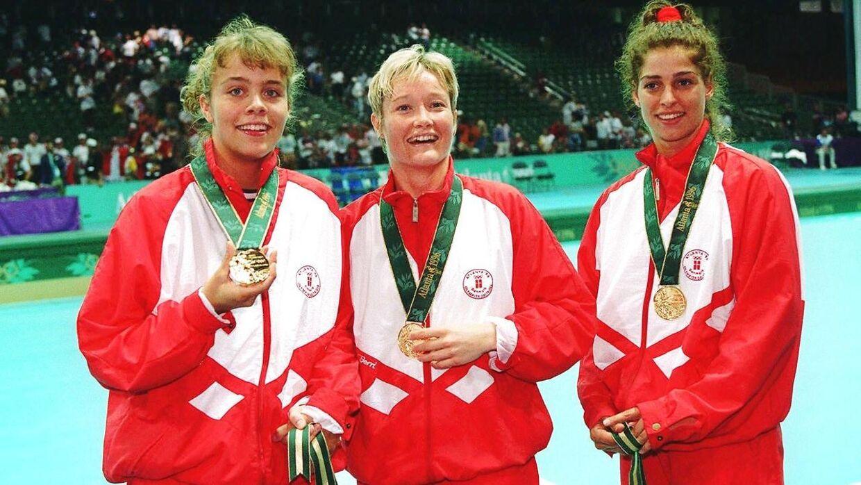 Anja Byrial, Anette Hoffmann og Anne Dorthe Tanderup med guldmedaljerne ved OL i 1996.