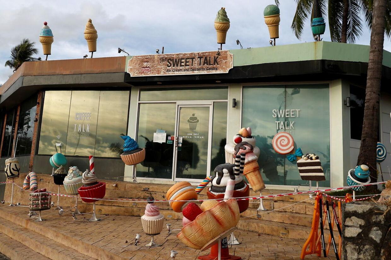 Lukket isbutik ved Karon, Phuket.