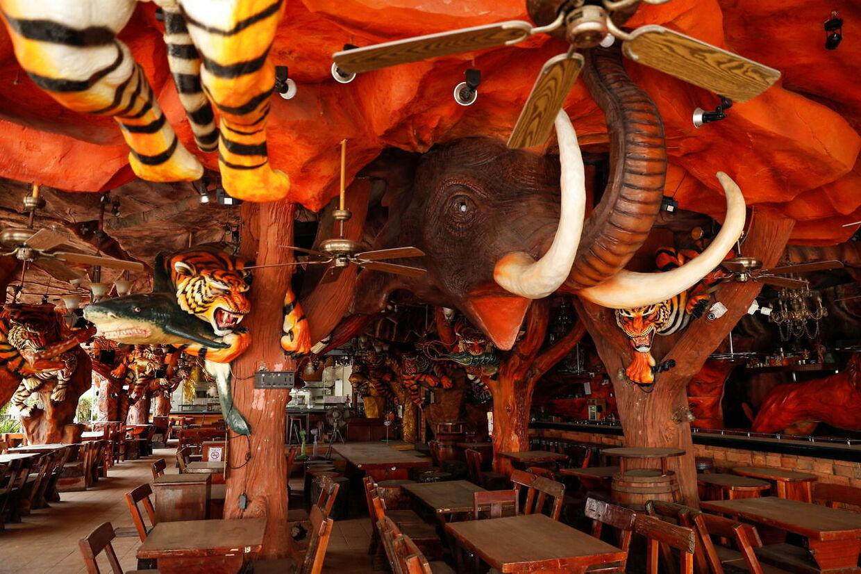 Ingen gæster på Tiger Bar ved Patong Beach, Phuket.