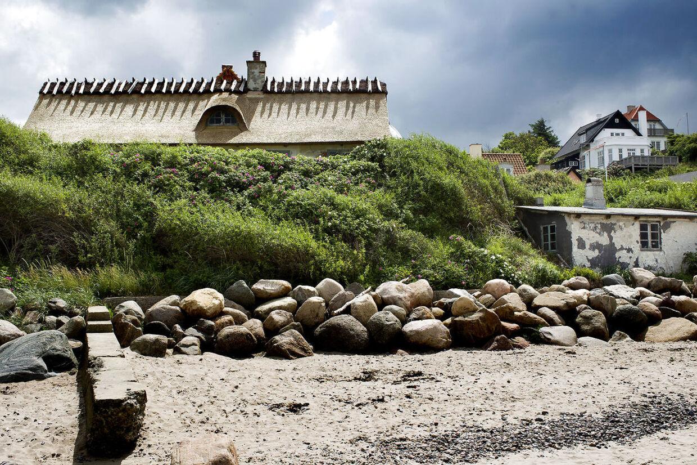 Sommerhuset, som Camilla Plum har solgt for 25 millioner kroner. Foto Bax Lindhardt.
