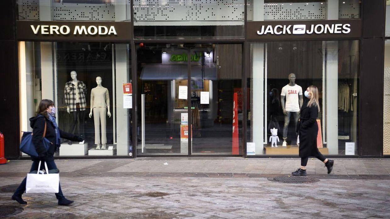 Det er ikke nødvendigvis alle forbrugere, der ved, at det er Bestseller, der står bag forretninger som Vero Moda og Jack & Jones.