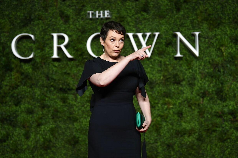 Olivia Colman har de seneste to sæsoner indtaget rollen som prins Andrews mor, dronning Elizabeth. EPA/NEIL HALL