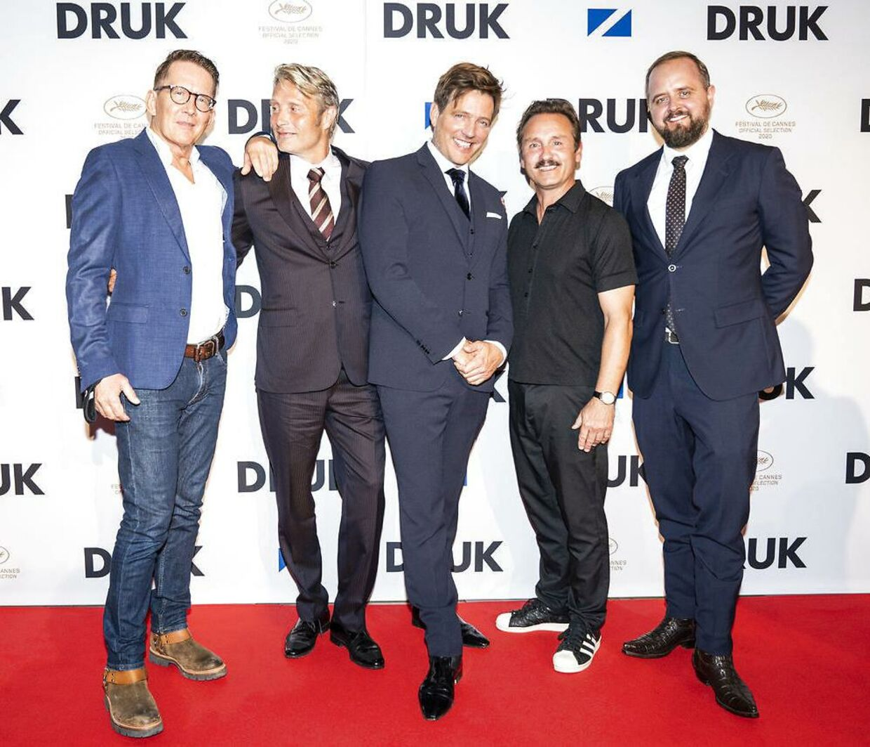 Thoms Vinterberg med sine fire hovedrolleindehavere, Thomas Bo Larsen, Mads Mikelsen, Lars Ranthe og Magnus Millang.