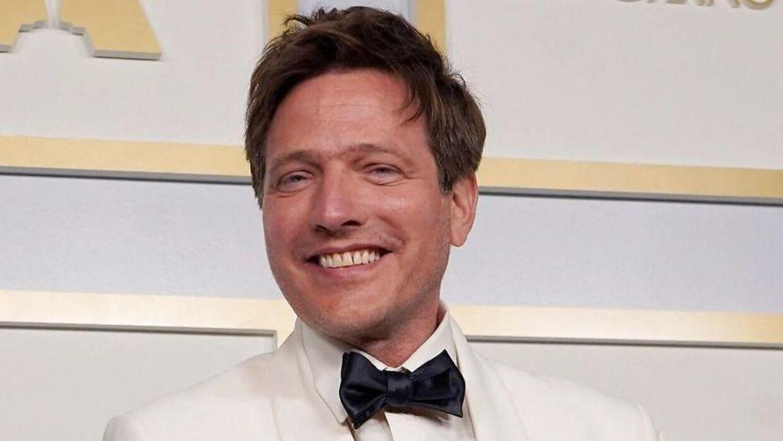 Så stort er smilet, når man netop har vundet en Oscar.
