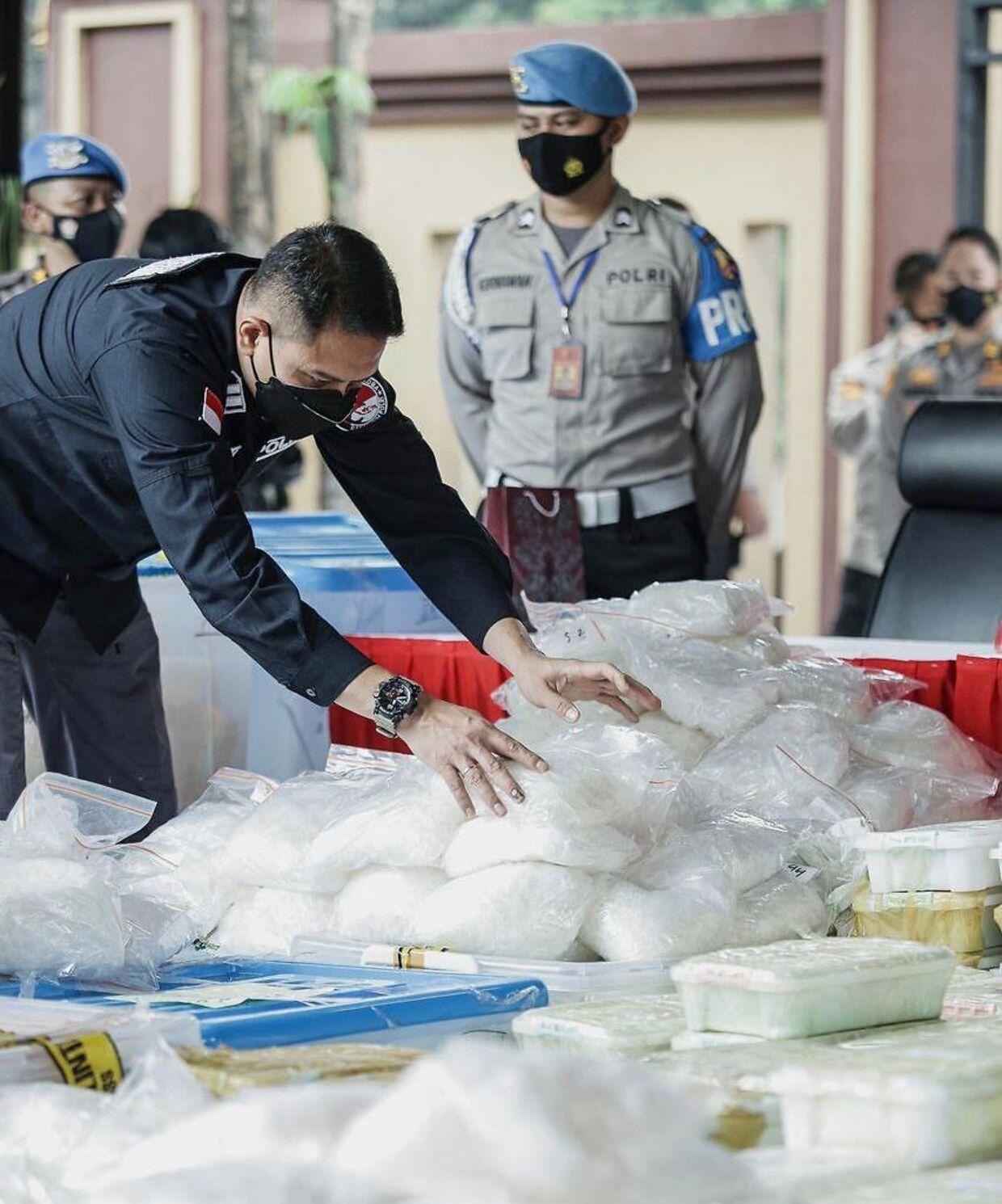 Politiet har beslaglagt metamfetamin for over en halv milliard kroner.