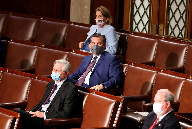 Ted Cruz var ikke videre begejstret under Joe BIdens tale.