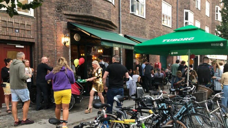I weekenden har der været godt gang i Haabet Bodega Bar. Foto: Privat