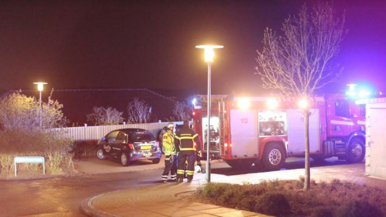 Mandag aften udbrød der brand i en ældrebolig i Vejle. En ældre mand omkom i flammerne.