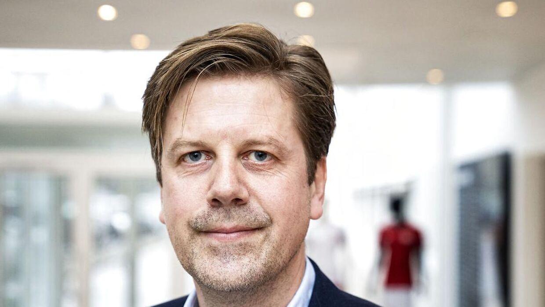 Direktør i DBU, Jakob Jensen, håber, at der kan komme endnu flere tilskuere i Parken til sommer.
