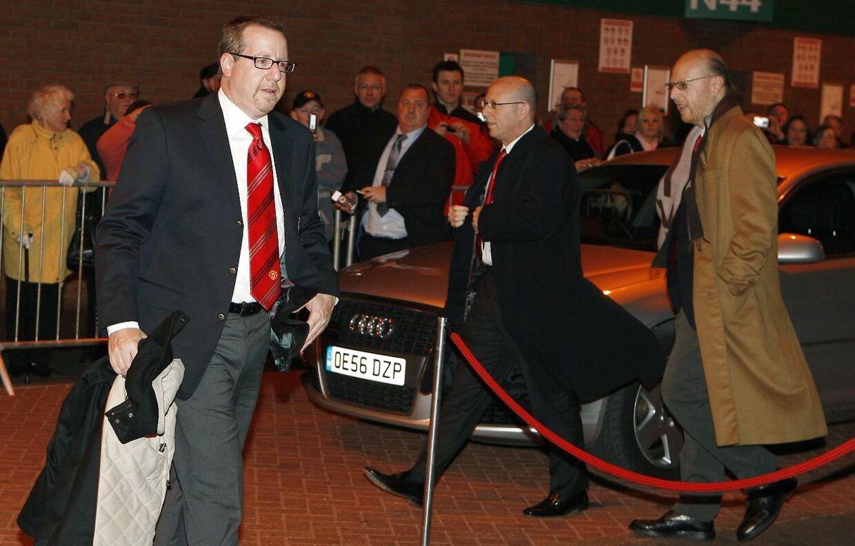 Klubbens kontroversielle ejere: Bryan (tv.), Joel (midten) og Avram Glazer i 2008.