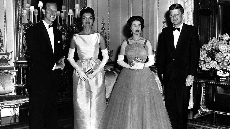 John F. Kennedy og 'Jackie' sammen med Dronning Elizabeth og prins Philip i 1961.