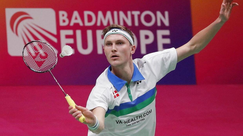 27-årige Viktor Axelsen måtte trække sig fra EM-finalen efter at være blevet smittet med coronavirus.
