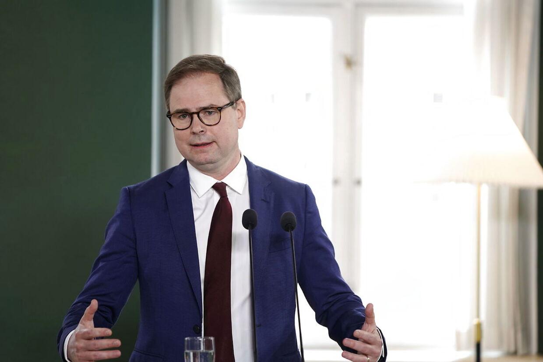 Finansminister Nicolai Wammen, skatteminister Morten Bødskov, erhvervsminister Simon Kollerup og kultur- og kirkeminister Joy Mogensen præsenterede regeringens sommerpakke torsdag ved et pressemøde i Finansministeriet.