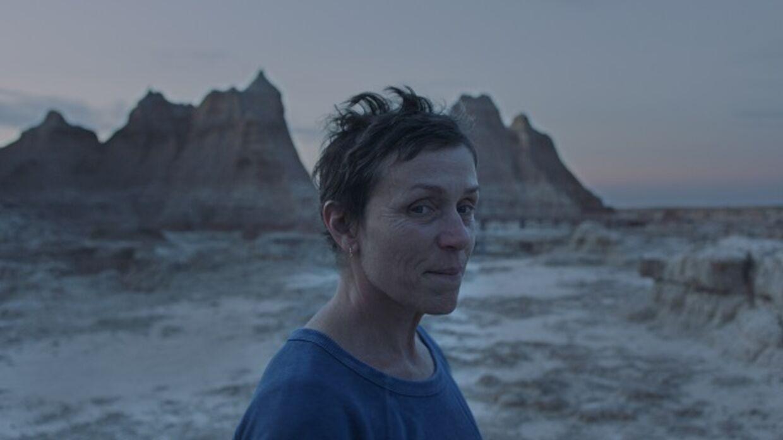 Filmen Nomadland kan herhjemme kun ses i få udvalgte biografer.