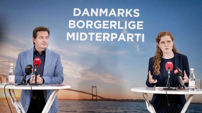 Partiformand Isabella Arendt og folketingsmedlem Jens Rohde fra Kristendemokraterne.