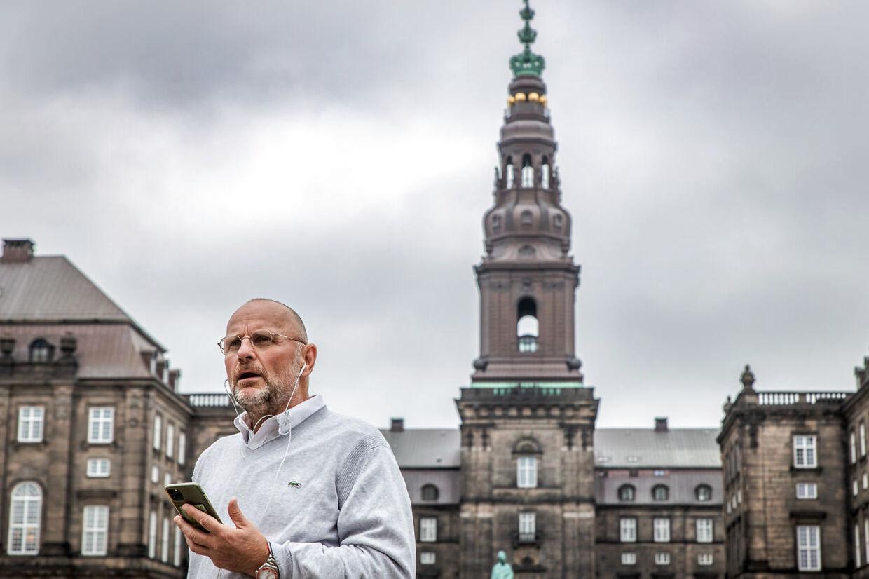Politisk redaktør på B.T. Henrik Qvortrup ved Christiansborg oktober 2020.