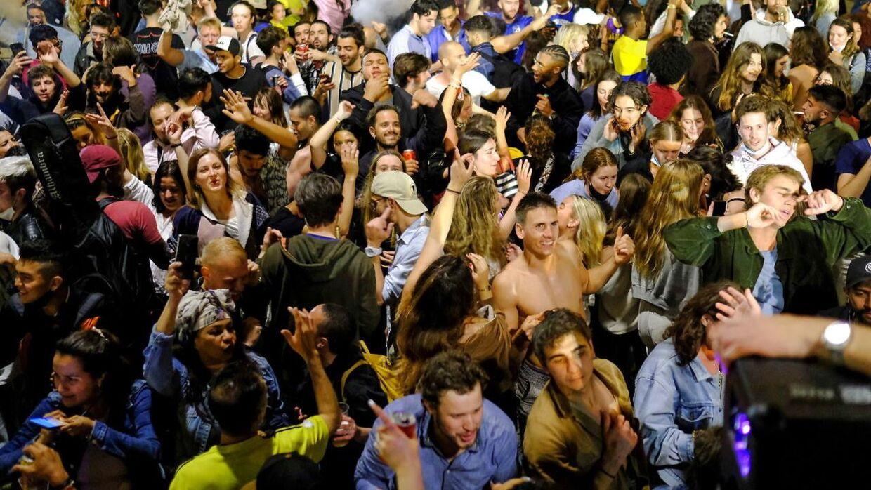 Både i Madrid og Barcelona indtog indbyggerne i weekenden gaderne for at fejre.