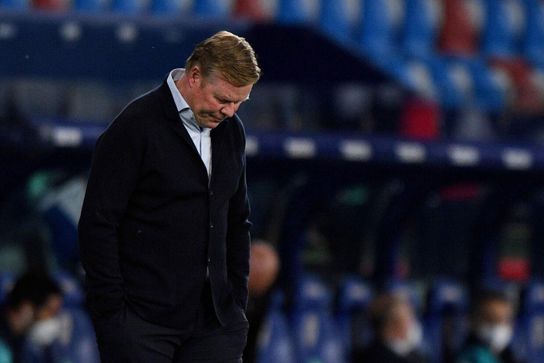 Ronald Koeman forventer, at der bliver stillet spørgsmål omkring hans fremtid i FC Barcelona, efter at holdet kollapsede mod Levante i La Liga tirsdag aften. Pablo Morano/Reuters
