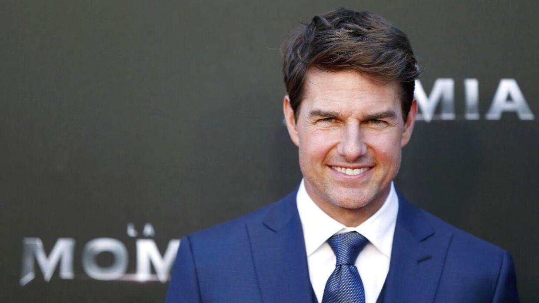Tom Cruise har leveret sine Golden Globes tilbage til HFPA.