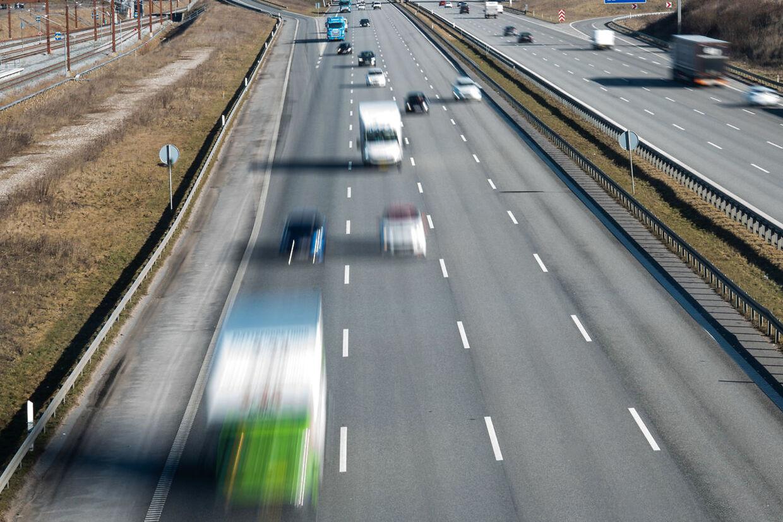 Trafikken på Køge Bugt Motorvejen er stigende. Blandt andet er der mere godstrafik end tidligere.