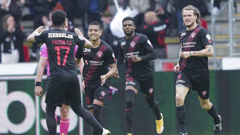FC Midtjylland er favoritter til guldet, men meget kan ske endnu.