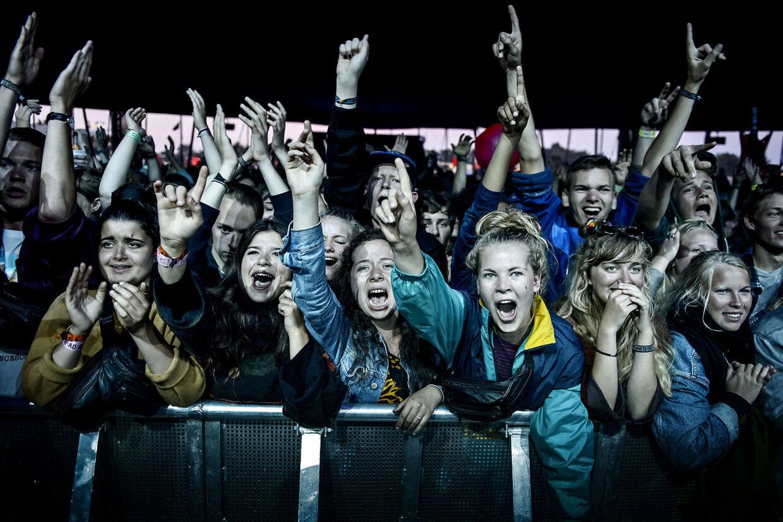 Mø, aka Karen Marie Ørsted, er vant til at spille for et syngende og dansende publikum. Mandag i Odense var det et siddende publikum, der tog imod hende på Mulernes Legatskole. Arkivfoto: Torkil Adsersen/Scanpix 2013.