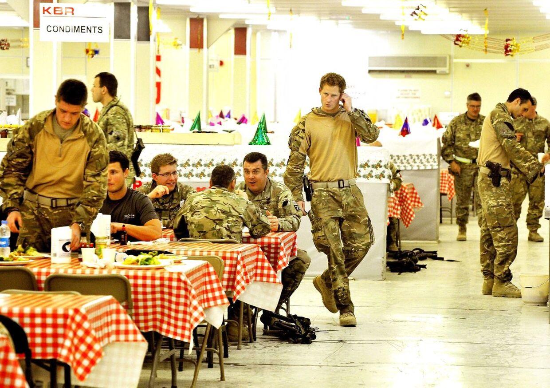 Ikke længe, efter billederne af en nøgen prins Harry dukkede op, blev han udsendt til Afghanistan.