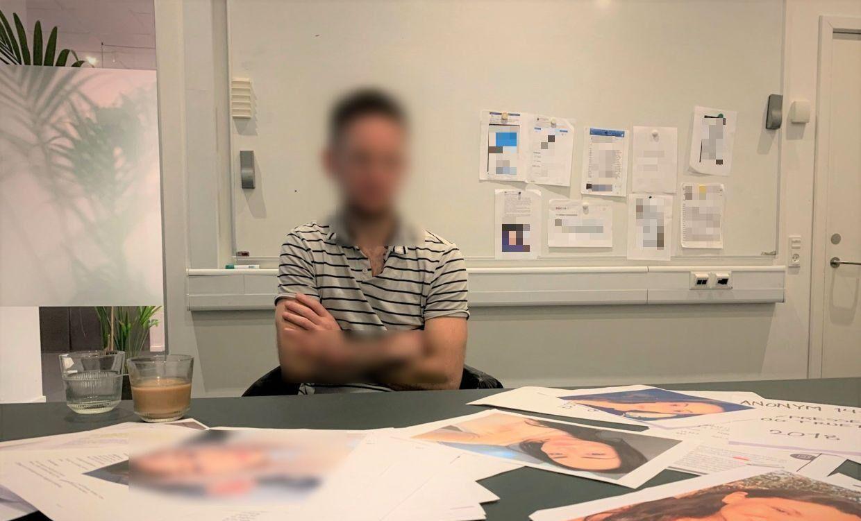 Her besøger manden B.T.s redaktionslokaler, da vi lavede et interview med ham.