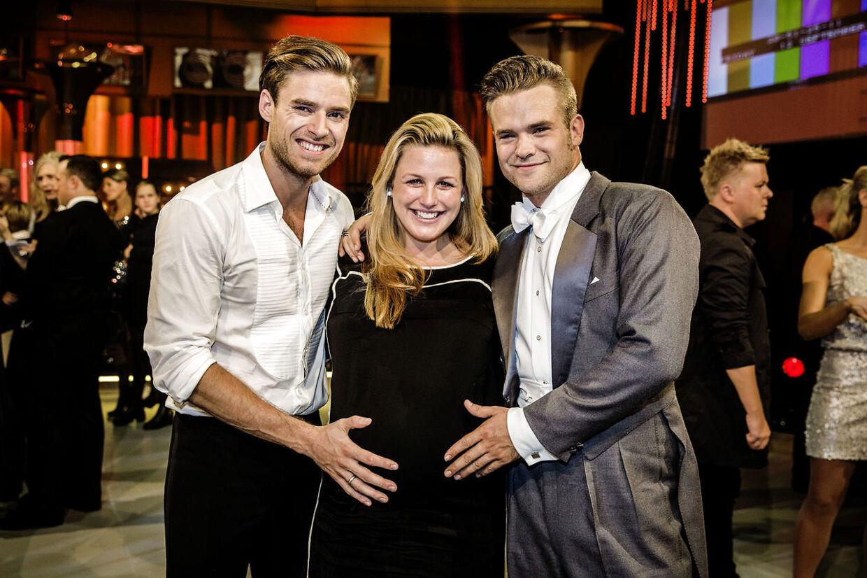 Vild Med Dans sæson 2014 fredag den 12. september. Johannes Nymark og Silas Holst med Louise, som er gravid med deres barn.