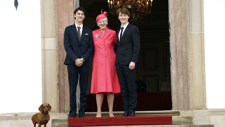 Prins Nikolai, dronning Margrethe og prins Felix forleden til prins Christians konfirmation i Fredensborg Slotskirke.