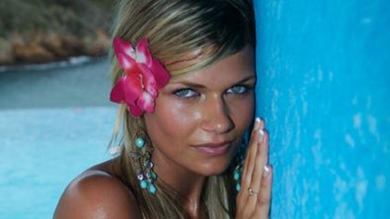 Rikke Gøransson, da hun deltog i tredje sæson af 'Paradise Hotel'. Året efter vendte hun tilbage til realityprogrammet som vært.