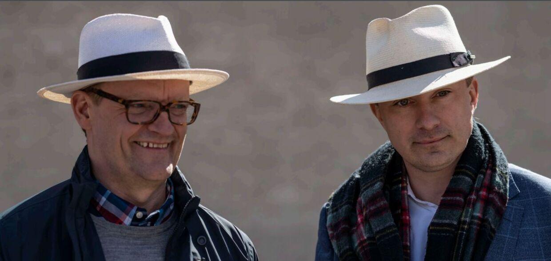Morten Messerschmidt sammen med Frank Hvam i den nyeste sæson af 'Klovn'. Foto: Presse TV 2
