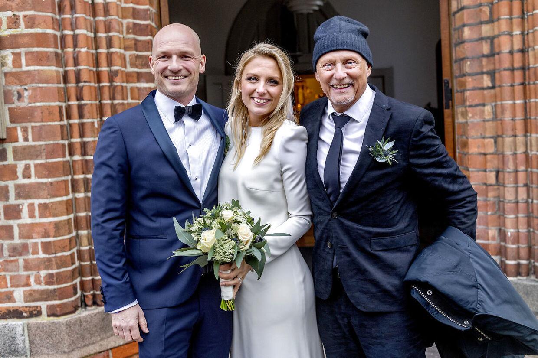 De to tv-værter fra TV 2 og DR Lasse Sjørslev og Josefine Høgh blev 28. december 2019 viet i Sankt Laurentii Kirke i Kerteminde på Fyn.