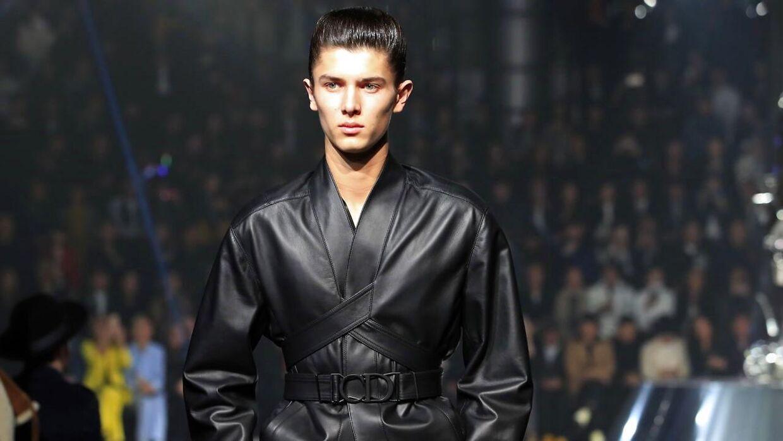 Prins Nikolai på catwalken til Diors modeshow i 2018 i Tokyo, Japan.