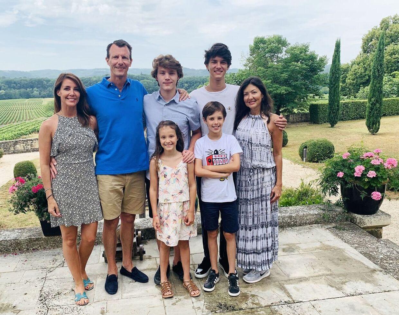 Grevinde Alexandra var med, da prins Joachim og prinsesse Marie var værter ved prins Felix' 18-års fødselsdag på Château de Cayx i Frankrig 22. juli 2020.