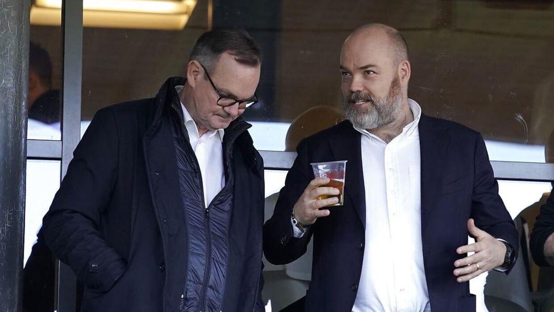 Anders Holch Povlsen i selskab med bestyrelsesformand i AGF, Lars Fournais.
