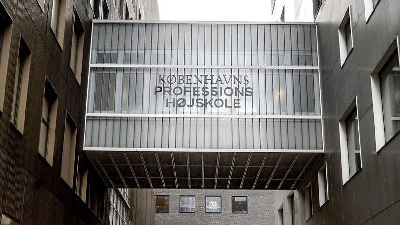 Københavns Professionshøjskolen frygter fyringer og dårlige undervisningsforhold.