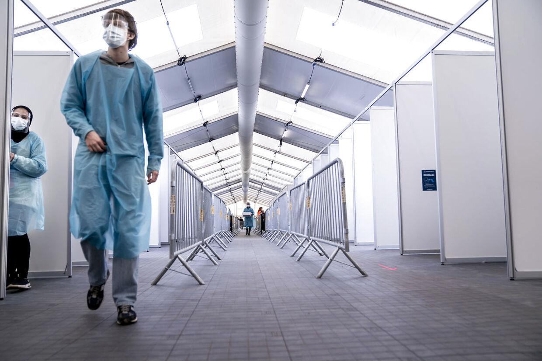 Copenhagen Medicals har testcentre i hele Region Hovedstaden. Nu retter en række medarbejdere en hård kritik af arbejdsforholdene på forskellige centre.