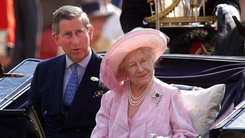 Prins Charles havde et meget nært forhold til sin mormor, dronningemoderen.