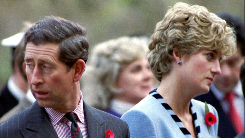 Der var krise i det britiske kongehus i årene op til Charles og Dianas skilsmisse.