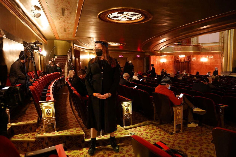 På Broadway-teateret St. James genopliver Bruce Springsteen i slutningen af måneden sit prisvindende soloshow 'Springsteen on Broadway'. Som en del af teaterets coronaforholdsregler, skal publikum være færdigvaccineret for at overvære 'The Boss', der deler ud af sit liv og sit musikalske bagkatalog.