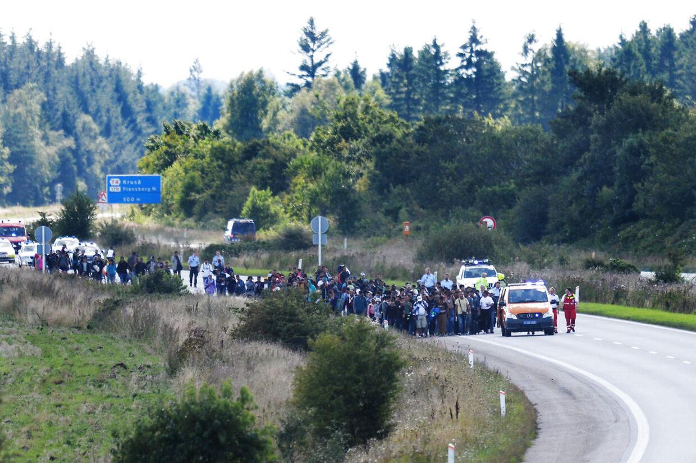Vandrende flygtninge spærrede den sønderjyske motorvej E45 onsdag d. 9. september 2015. Migrantkrisen har fået EU til at poste milliarder af kroner i ny teknologi, der skal holde flygtninge og immigranter ude af EU.