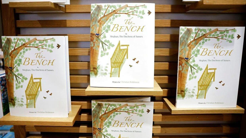 Sådan ser Meghan Markles bog, 'The Bench', ud.