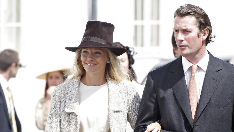 Caroline Fleming med sin eksmand Rory Fleming, der igennem årene har postet mange penge i det forgældede slot.